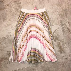 NWT Ted Baker skirt size 4 (1)